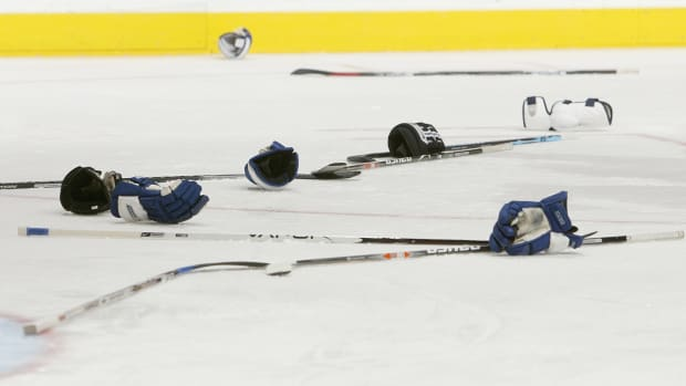 swedish-junior-hockey-game-871-penalty-minutes-box-score.jpg