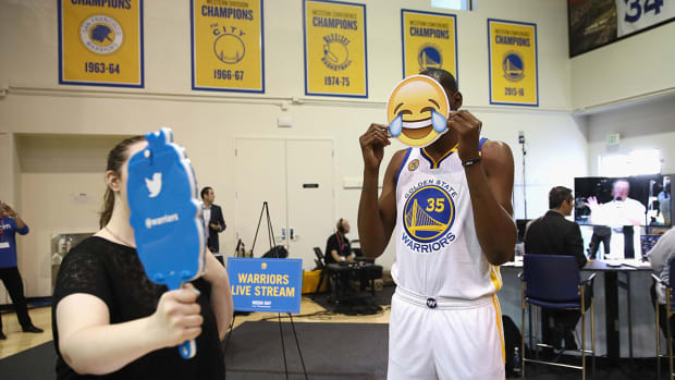 kevin-durant-warriors-1300-tech-savvy-teams.jpg