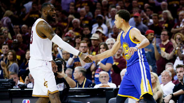lebron-james-steph-curry-criticism.jpg
