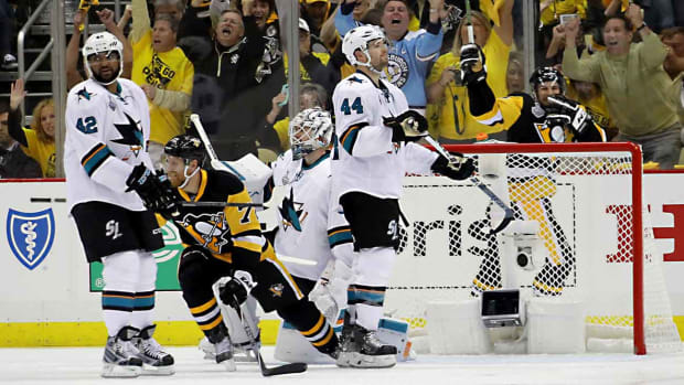 Sharks-Penguins-Bennett.jpg