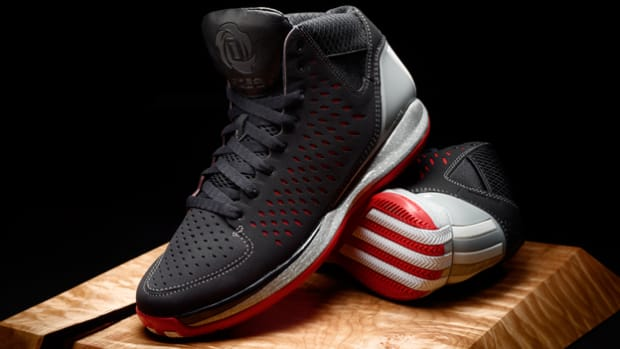 Check Out Derrick Rose's New Chicago-Inspired Shoe and Watch Episode 3 of The Return