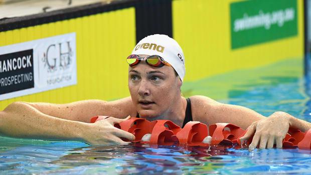 cate-campbell-injury-australia-swimmer-wrist-injury-nap.jpg