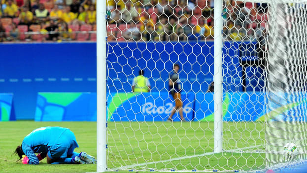 hope-solo-uswnt-colombia.jpg