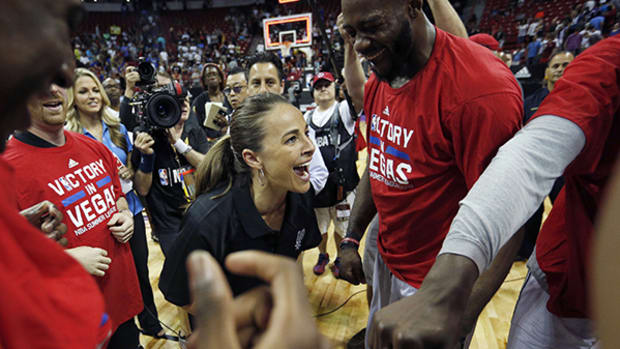 Becky Hammon Coaches Spurs to Summer League Championship