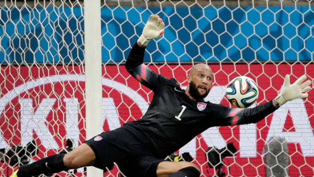 2014 World Cup: Tim Howard Sets World Cup Record in US Loss