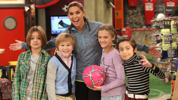 Soccer Star Alex Morgan Kicks It On Nickelodeon