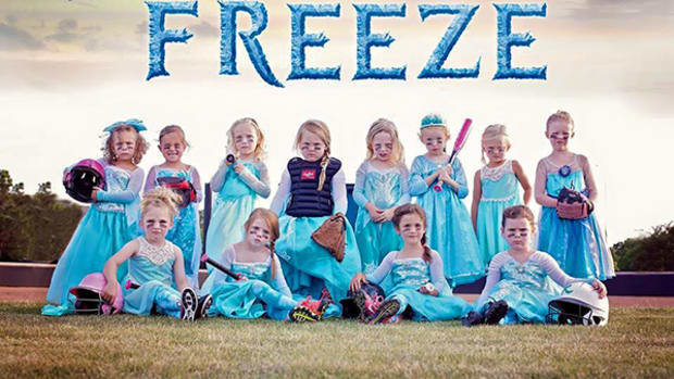 Frozen-Inspired Softball Team Means Business!