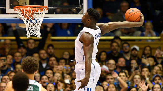 zion-williamson-dunk-photos-duke-ncaa-tournament-march-madness-2019.jpg