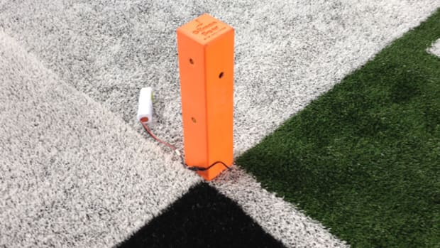 Cameras In Pylons Give Football Fans a New View