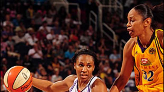 Top 10 Small Athletes: #8 Temeka Johnson
