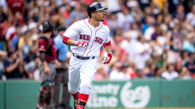 boston-red-sox-mookie-betts-three-home-runs.jpg