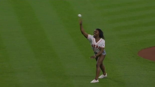 astros-simone-biles-front-flip-first-pitch-video.png