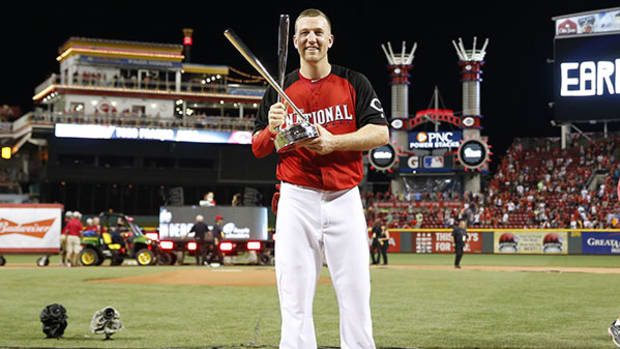 Todd Frazier Wins Home Run Derby In Front of Hometown Crowd