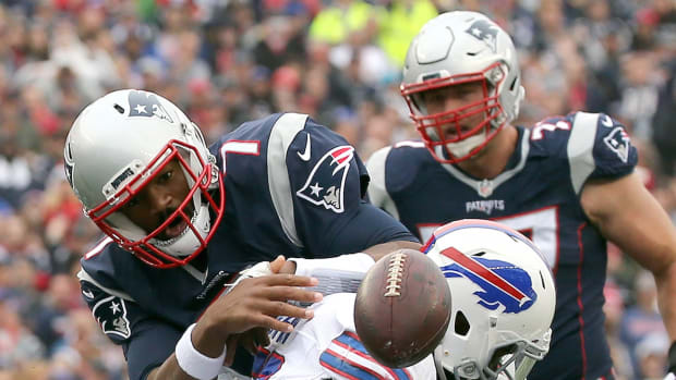 jacoby-brissett-patriots-bills.jpg