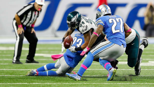eagles-lions-ryan-mathews-fumble-call-video.jpg