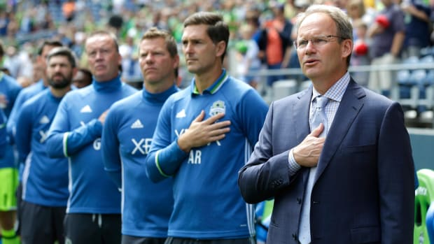 brian-schmetzer-seattle-sounders-manager.jpg