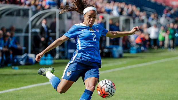 mallory-pugh-summer-of-soccer-header.jpg