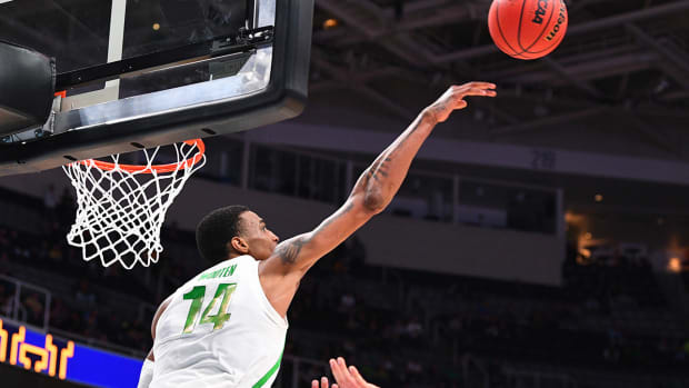 kenny-wooten-oregon-uc-irvine-march-madness-ncaa-tournament.jpg