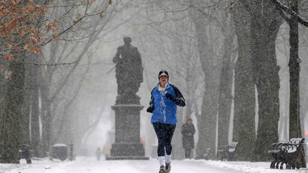 Snow and Cold Can't Stop Runners Training for the Boston Marathon