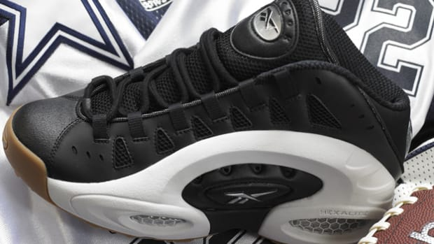 Reebok re-releases classic Emmitt Smith shoe, the ES22