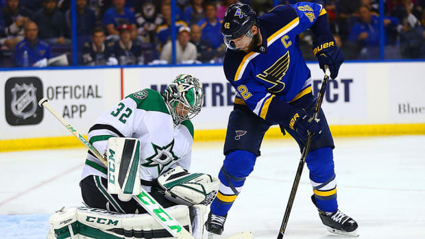 nhl-playoffs-stars-beat-blues-game-6-kari-lehtonen.jpg