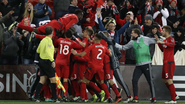 toronto-fc-nycfc-playoffs-ricketts-altidore.jpg