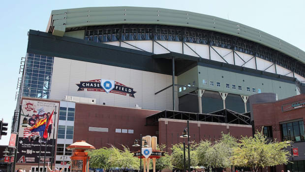 arizona-diamondbacks-chase-field-conflict.jpg