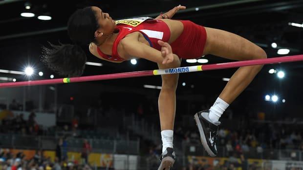 vashti-cunnigham-turns-professional-wins-gold.gif