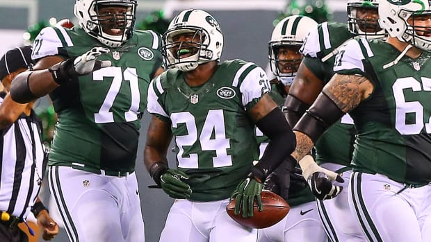 blanket-coverage-nfl-week-1-darrelle-revis-terrell-suggs.jpg