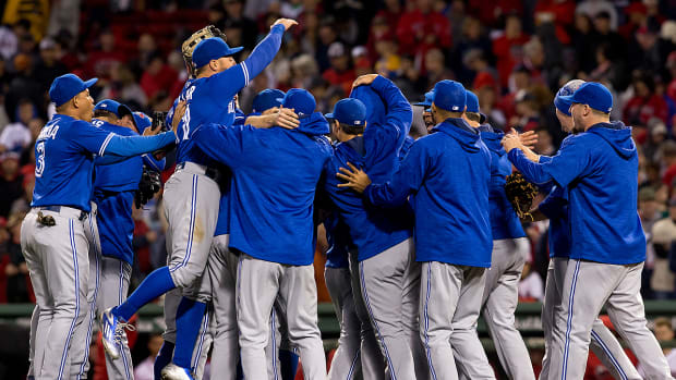 blue-jays-clinch-wild-card-spot-2016.jpg