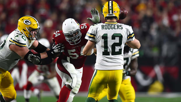 dwight-freeney-arizona-cardinals-aaron-rodgers.jpg