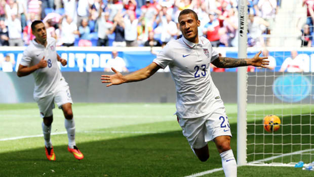 USMNT Defeats Turkey In Front of Record Crowd