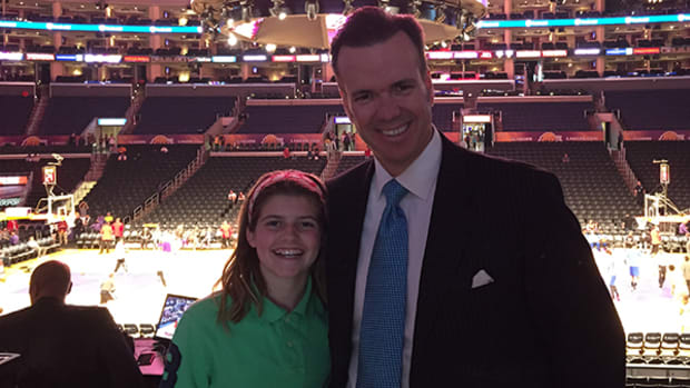 Lakers Announcer John Ireland: The Guy with the Coolest Job in the World