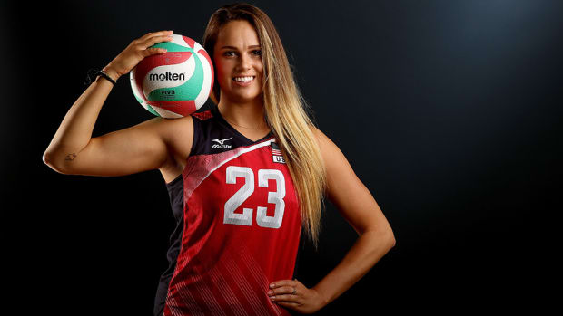 kelsey-robinson-960-usa-volleyball.jpg