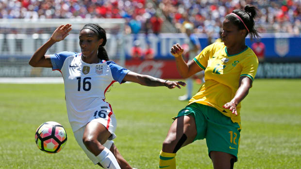 crystal-dunn-goal-usa-south-africa-friendly.jpg