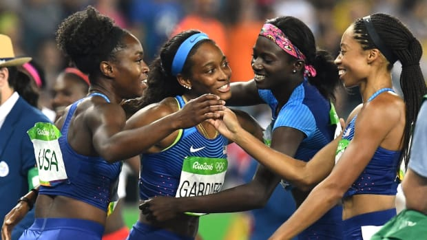 us-women-4x100-relay-gold-allyson-felix.jpg