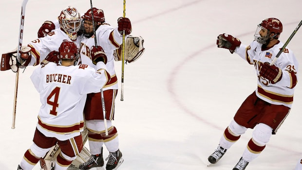 denver-beats-ferris-state-ncaa-hockey.jpg