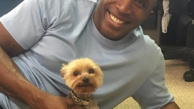 barry-bonds-dog-magic-photo-instagram.jpg