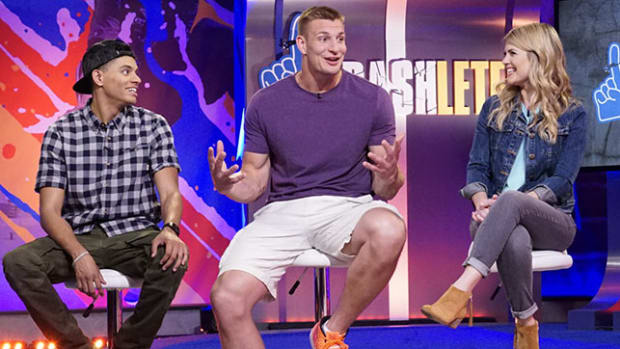 rob-gronkowski-crashletes-interview-header.jpg