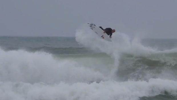 Surfer Kelly Slater Pulls Off an Insane 540