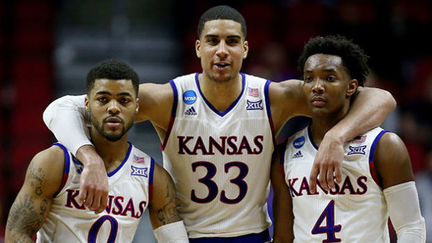 kansas-basketball-630-sweet-16-2016.jpg