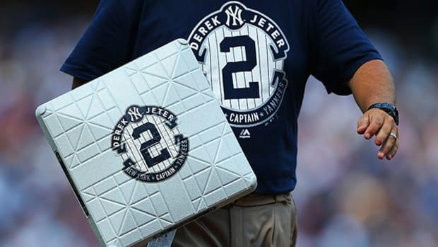 Yankees, Fans, and Friends Celebrate Derek Jeter