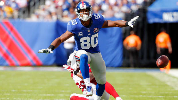 victor-cruz-giants-released-pay-cut-negociations.jpg