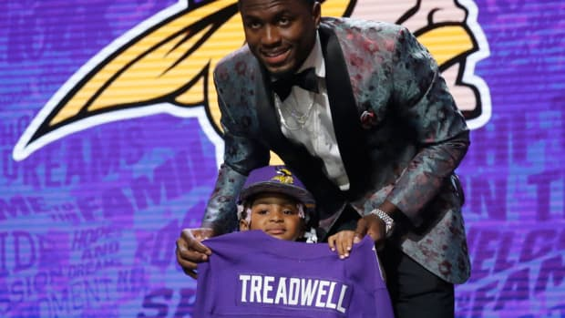 laquon-treadwell-daughter-roger-goodell-nfl-draft-video.jpg