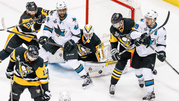 san-jose-sharks-return-home-game-3-stanley-cup-final-pittsburgh-penguins-logan-couture-sidney-crosby.jpg