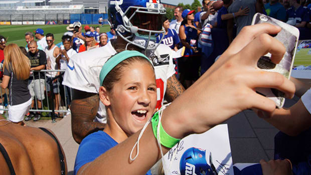 The Fan Experience at New York Giants Training Camp