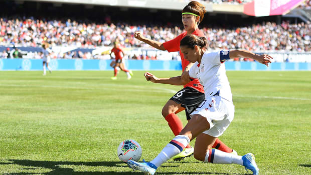 uswnt-laible-soldier_field.jpg