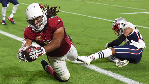 larry-fitzgerald-100th-touchdown-catch-cardinals-patriots.jpg