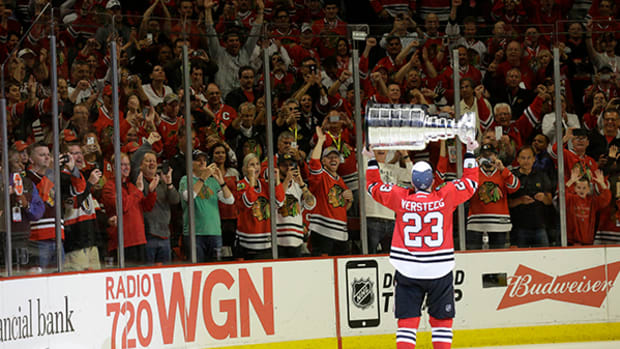 Blackhawks Can Finally Say: The Stanley Cup is in the Building