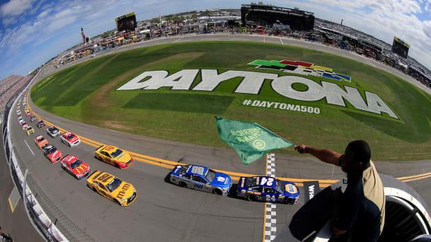 Daytona500START.jpg